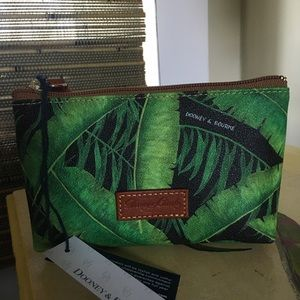 DOONEY & BOURKE small cosmetic bag